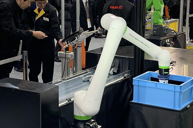 FANUC CRX 10iA L Collaborative Robot